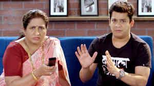 Every Marathi Mom During IPL