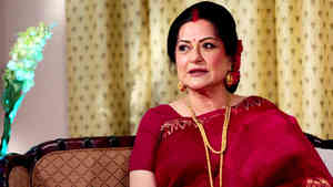 Moushumi Chatterjee - Part 01