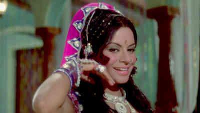 Pyari Pyari Soorat Wale