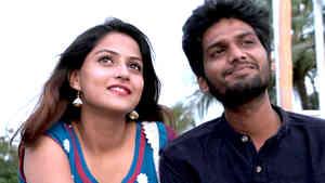 Romantic Girlfriend with Mawaali Boyfriend