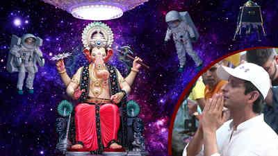 Sharman Joshi Visit Lalbaugcha Raja 2019