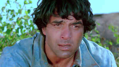Yeh Dosti Hum Nahi Todenge (Sad)
